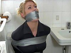 Blonde housewife in bathroom