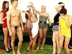 Girls did orgy