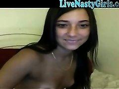 Tan Webcam Mädchen Dildos Ihre Muschi 1
