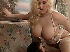 Britânico BBW Kirsten Halborg anal fodido cara spunked