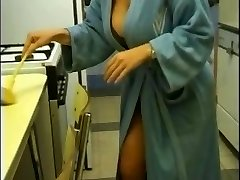 Blondes Inborn beauty with Gigantic Boobs