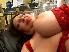 Fat mature sucking on Wire-on