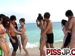 Hina Maeda enjoys party gonzo at the beach