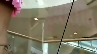 Exceptionally hot upskirt ash-blonde teen in a mall