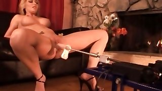 Missy Forest takes the machine and gives it all it can take with her cunt