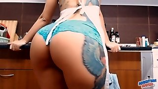 Big Booty Busty Inked Nubile! Masturbs Herself in Kitchen!