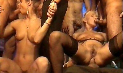 Old retro porno with supreme orgy
