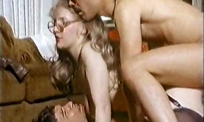 Bottoms Up Series 2 XXX 1978 (Dp'd MFM scene)