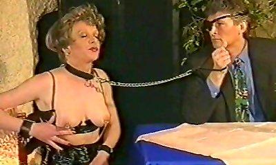 Old Dolls Extraordinary - Alte Damen Hart Besprung