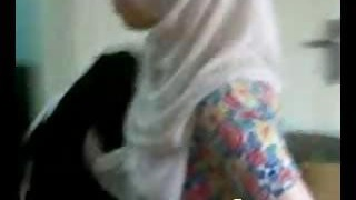Mature Hijab woman spreads her gams for licking and a smash