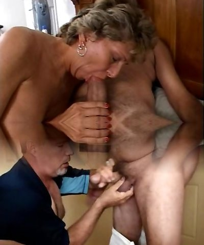 Mature is getting her grubby ass penetrated