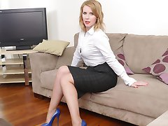Kinky Milf Jenny comes home from work and gives you a tour in a pair of very sexy blue high heel shoes