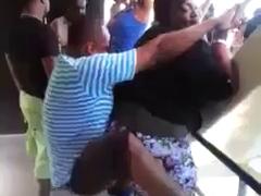 Grosse qui danse