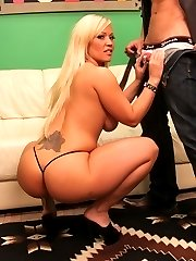 Sexy Austin\'s Juicy Bottom Gets Drilled