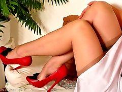 Brunette in Sixties RHT Stockings
