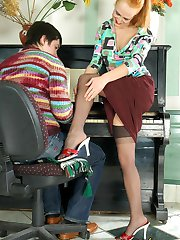 Vivacious gal in sheer stockings seducing pianist into sizzling hot fucking