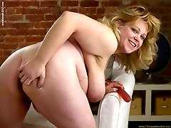 Plumper Lexus has overflowing cups and loves bouncing them around and sucking on what she can...