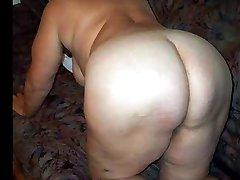 Sexy mature granny!