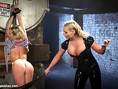 Dahlia Sky and Phoenix Marie return to Whipped Ass! Phoenix is pissed that the new starlet didnt...