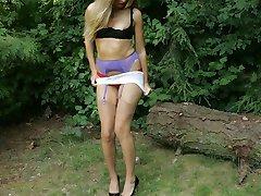 Hot girl strips in park