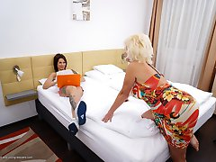 This hot babe loves playing with a dirty mature lesbian