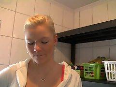 Deutsche Blondine - Voll in denn Arsch gewixxt