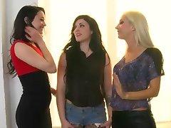 HT - Lesbian Theesome IX