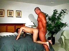 Muscle dad fucks stud