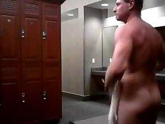 Hunk jerking in the locker room