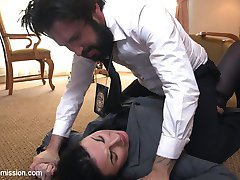 Sexy FBI agent Veruca James is caught up in some dirty business with the Russian mafia. When she...