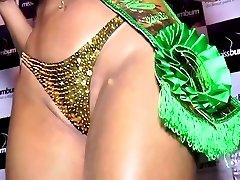 Dai Macedo (MISSBUMBUM2013) Bikini Gold