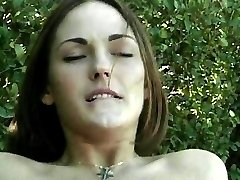 Hot babes fuck outdoors