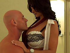 Ava Addams Fucks In A Hotel