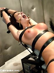 Chanel Preston is spied on and gets unexpectedly visited by the fantasy squad. She is...