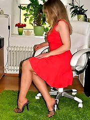 Office Babe in sheer to waist pantyhose