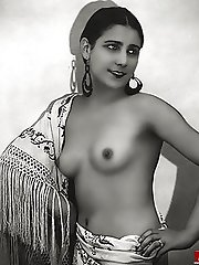 Ethnic vintage nude ladies