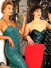 Two pleasing retro ladies