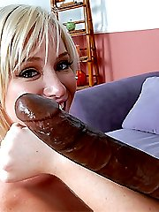 Blonde compares a massive black meat to her forearm