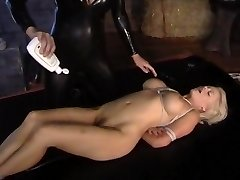 A little pink play with lots of pussy licking action form two gorgeous horny young babes