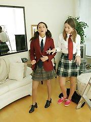 Schoolgirl lesbians