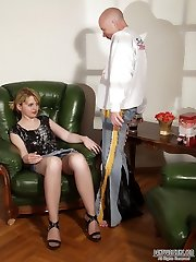 Horny guy puts to sleep and seduces a high-heeled babe in shiny pantyhose