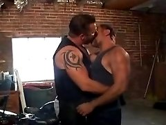 BB Grease Monkey Muscle