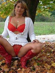Wife loves outdoor nudity