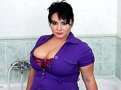 Big breasted mature honey showing her hot stuff
