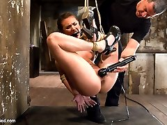 If you missed the last HogTied live show, this is the time to see it! Porn starlet Casey Calvert...