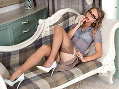 Chloe looking gorgeous in sexy lingerie and fully fashioned nylons!