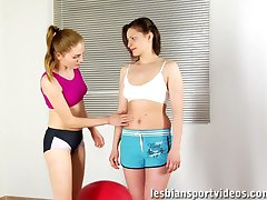 Playful fingers and tongues of fitness lesbians