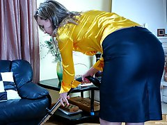 Classy babe in shiny hose going for wild intercourse to make up a quarrel
