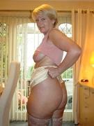 XXX Granny Pics