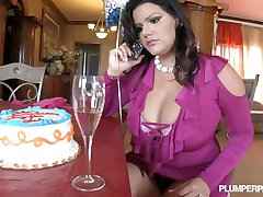 Hot BBW's birthday turns out perfect